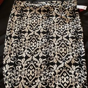 NWT black and white skirt